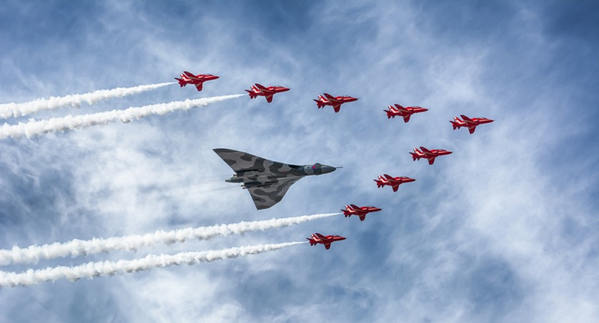 vulcan red arrows