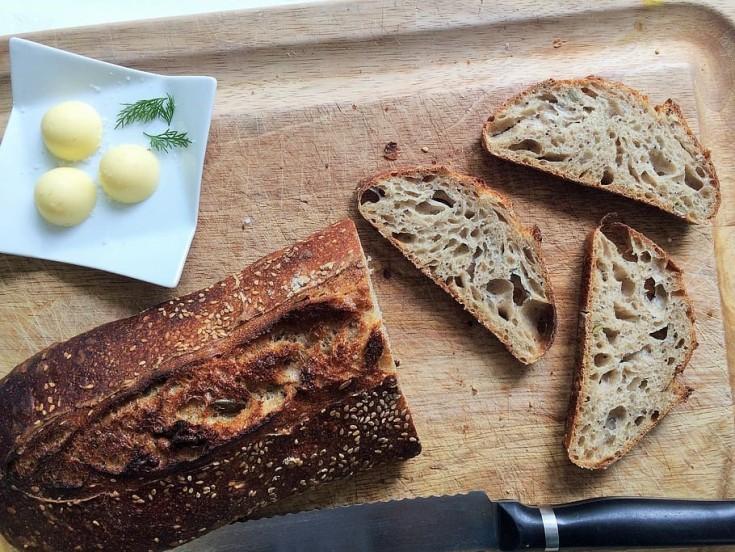 bread-sourdough-levain-crust-mass-madre-baker